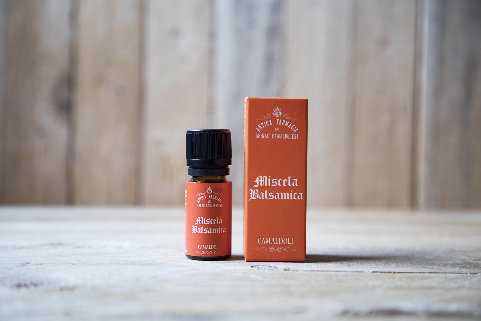 Miscela di oli essenziali balsamica