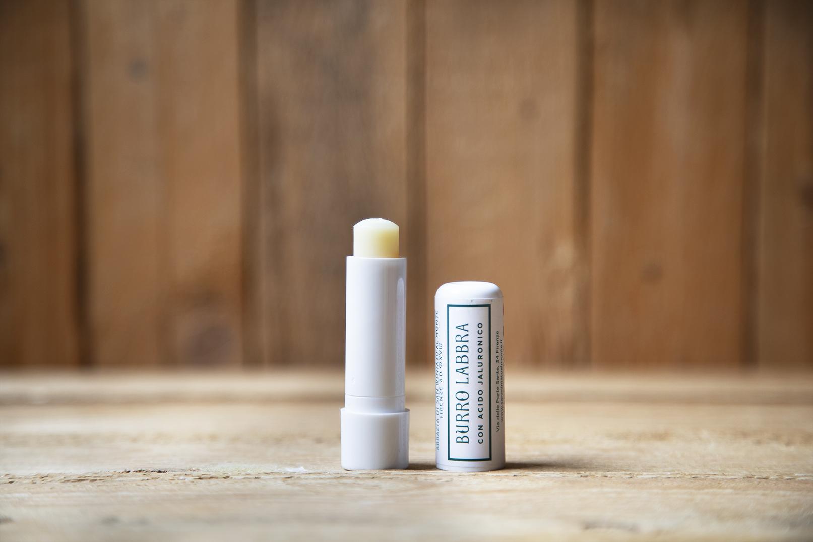 Burro labbra con acido ialuronico
